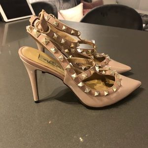 Shoes - Valentino nude rockstuds - gently worn - size 38